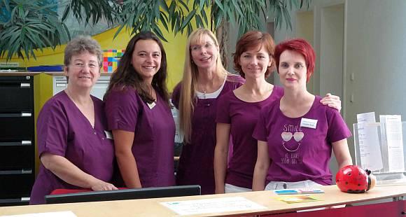 Kinderärztin Frau A. Wilberg und ihr Team